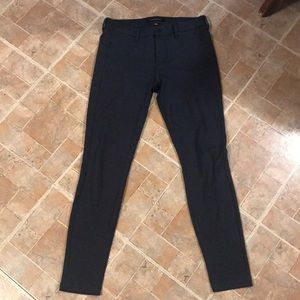 🎃LIVERPOOL NAVY STRETCHY JEGGINGS SIZE 6🎃